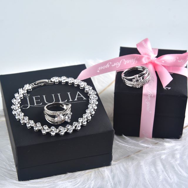 Jeulia Jewelry Collection