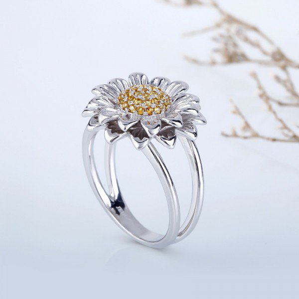 Jeulia Delicate Sunflower Round Cut Created Topaz Ring