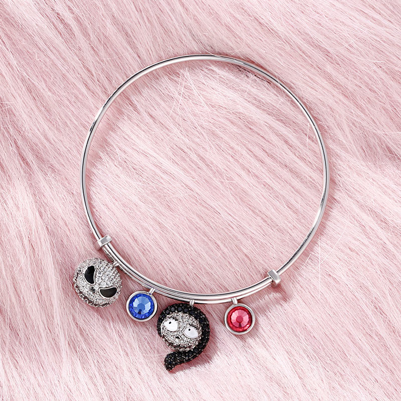 """Jeulia """"Magic At Midnight"""" Skull Sterling Silver Personalized Bracelet"""