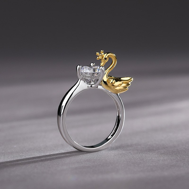 "Jeulia Hug Me ""Love & Fidelity"" Swan Design Round Cut Sterling Silver Ring"