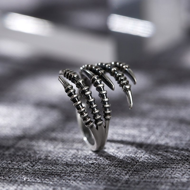 """""""Sharp Claw"""" Sterling Silver Men's Ring"""